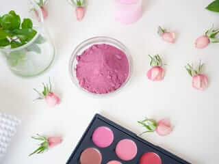 NATURAL ROSE PETALS BLUSH